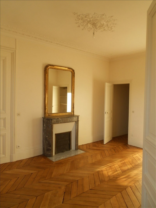 Rental apartment Versailles 3 050€ CC - Picture 8