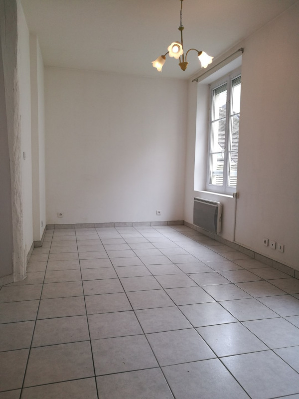 Location appartement Melun 560€ CC - Photo 1