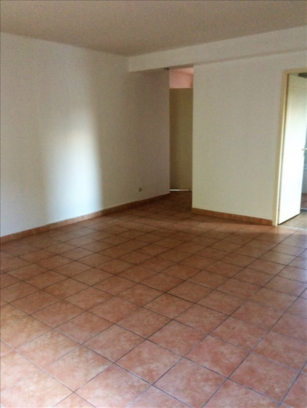 Rental apartment Fonbeauzard 510€ CC - Picture 3