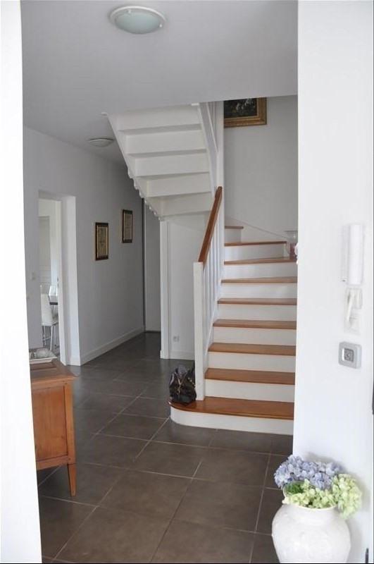 Sale house / villa St nom la breteche 975000€ - Picture 4