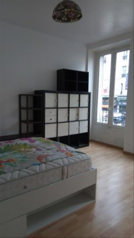 Locação apartamento Paris 18ème 1290€ CC - Fotografia 6