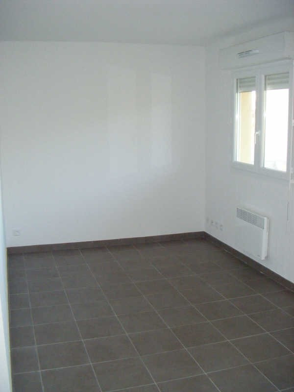 Location appartement Frontignan 580€ CC - Photo 2