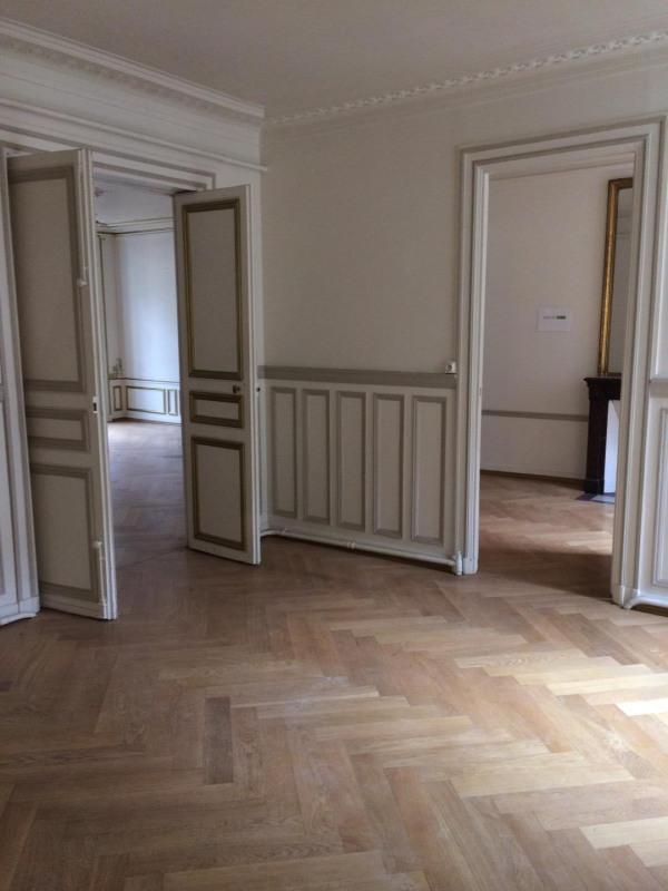 Rental apartment Paris 8ème 7350€ CC - Picture 8