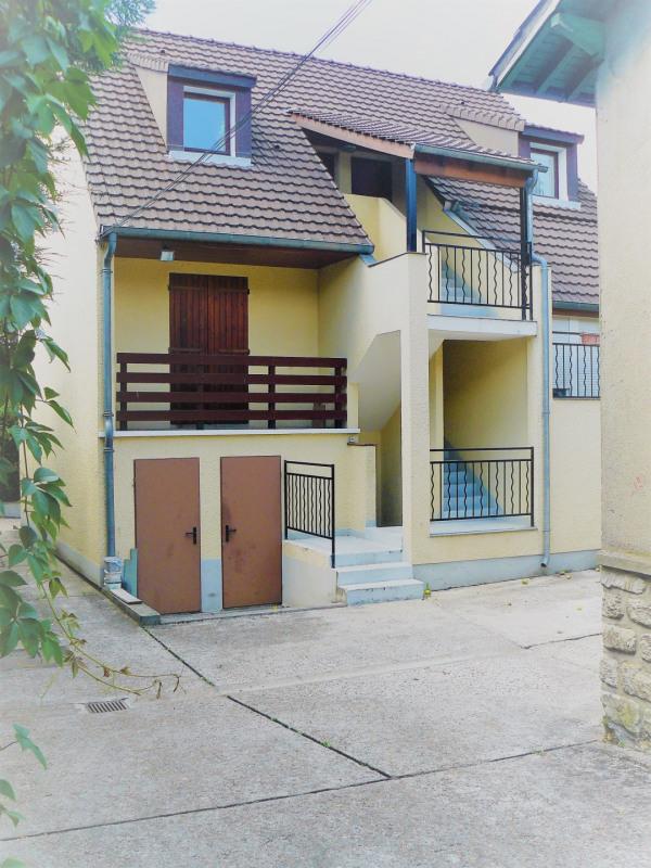 Rental apartment Taverny 525€ CC - Picture 1