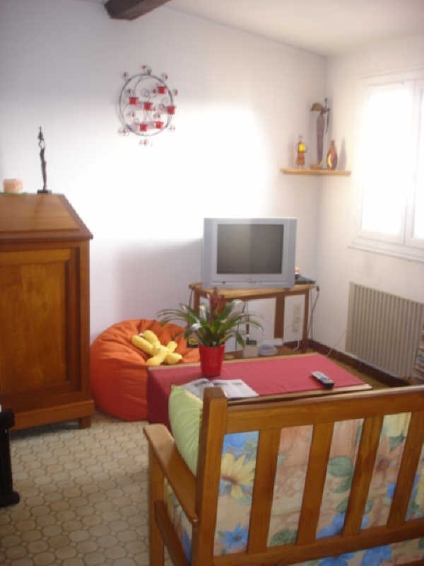 Rental apartment Geste 413€ CC - Picture 2