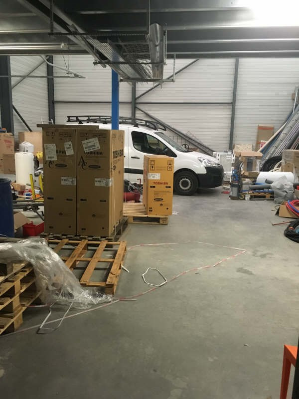 Location local commercial Pernes les fontaines 2 083€ +CH/ HT - Photo 3