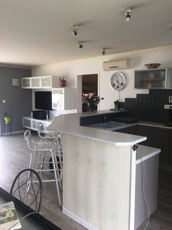 Sale house / villa Ambares et lagrave 246700€ - Picture 3