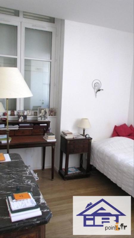 Location appartement Saint germain en laye 900€ CC - Photo 4