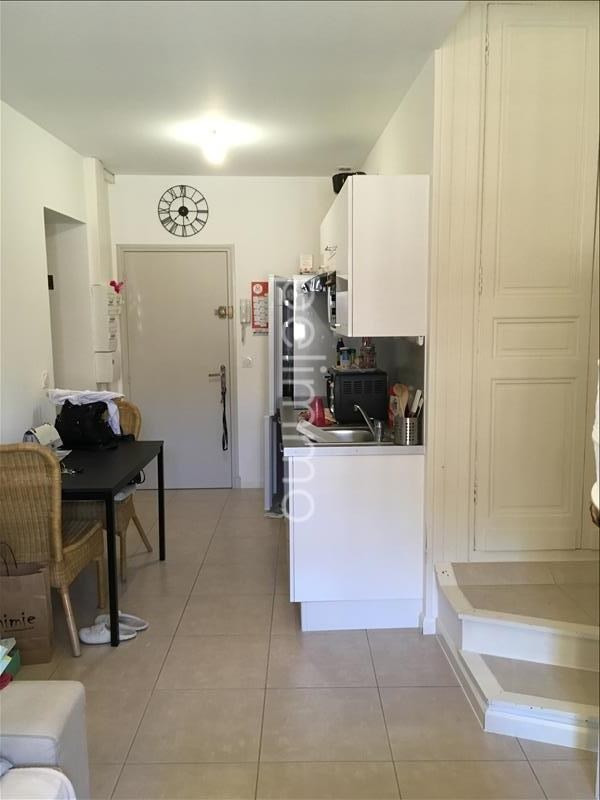 Rental apartment Pelissanne 505€ CC - Picture 2