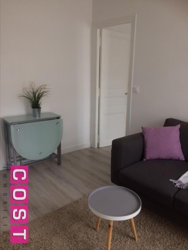 Location appartement Asnieres sur seine 840€ CC - Photo 4