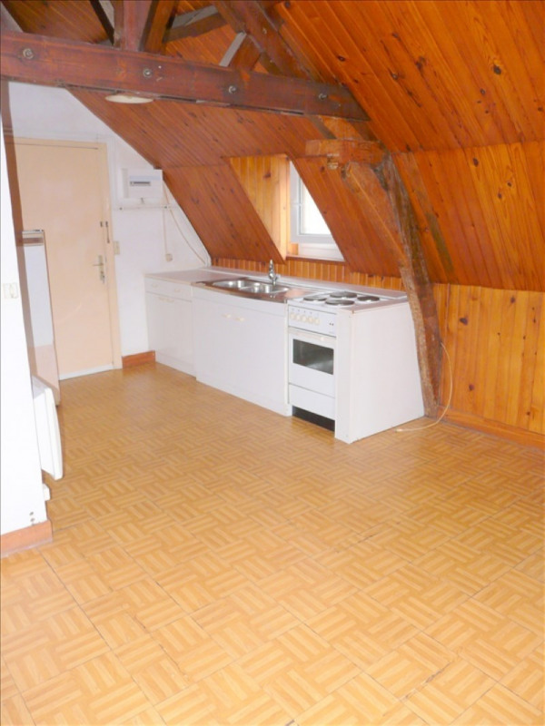 Rental apartment St omer 230€ CC - Picture 2