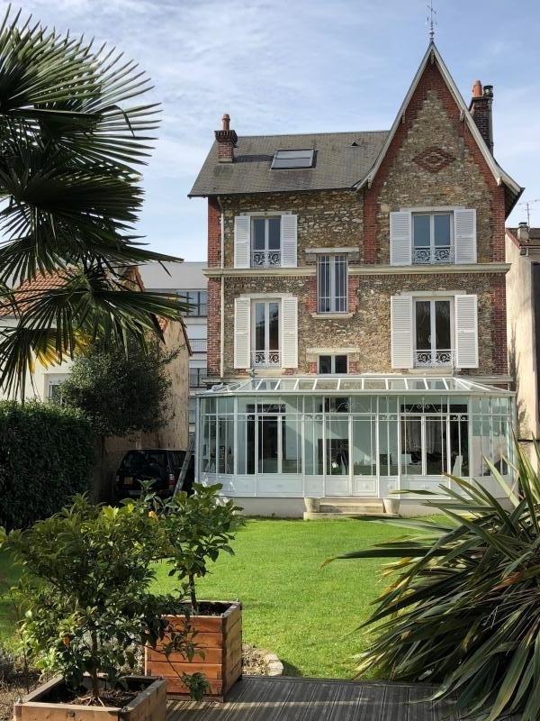 Sale house / villa St leu la foret 925000€ - Picture 1