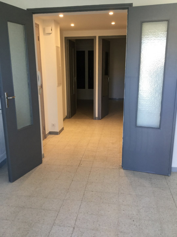 Location appartement Aix-en-provence 735€ CC - Photo 2