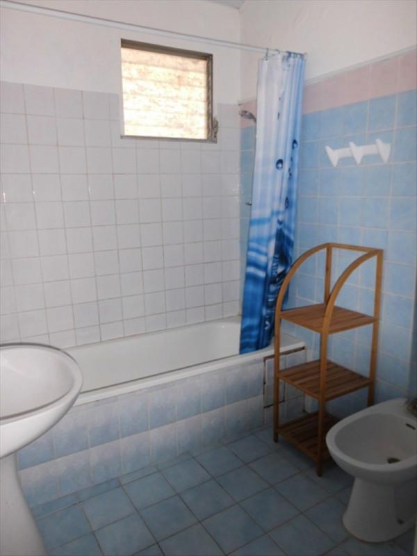 Rental house / villa Le gosier 670€ CC - Picture 3