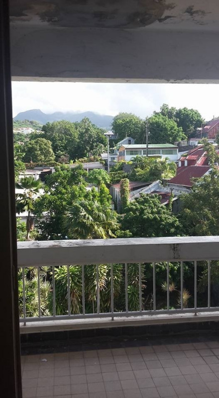 Sale apartment Basse terre 89 900€ - Picture 1