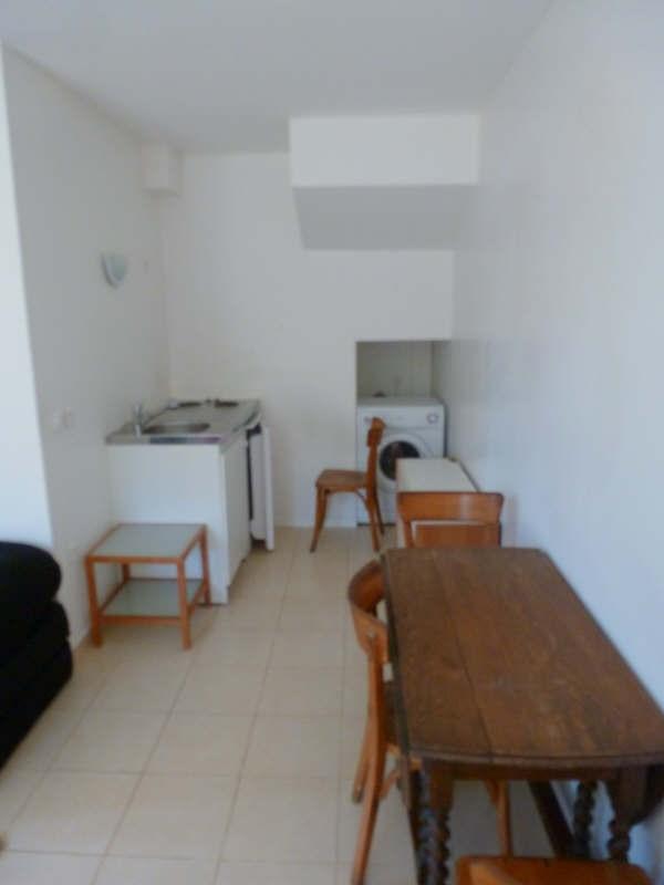 Location appartement Maurepas 615€ CC - Photo 2