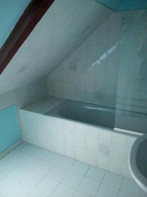 Location maison / villa St carreuc 450€ CC - Photo 6