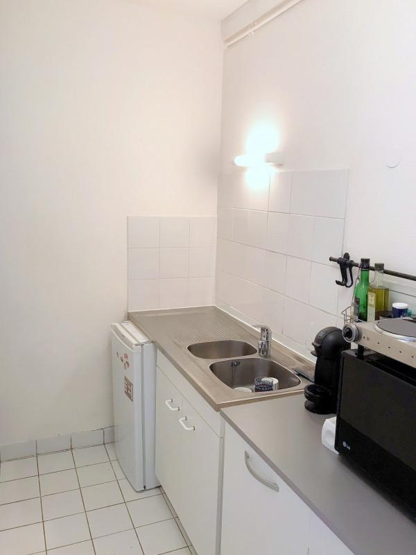 Location appartement Paris 15ème 1044€ CC - Photo 3