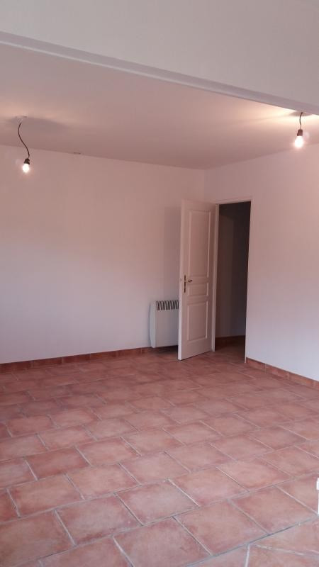 Location local commercial Pont sur yonne 450€ HT/HC - Photo 3