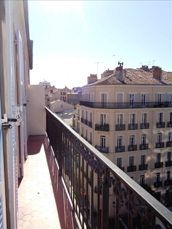 Location appartement Toulon 750€ CC - Photo 3