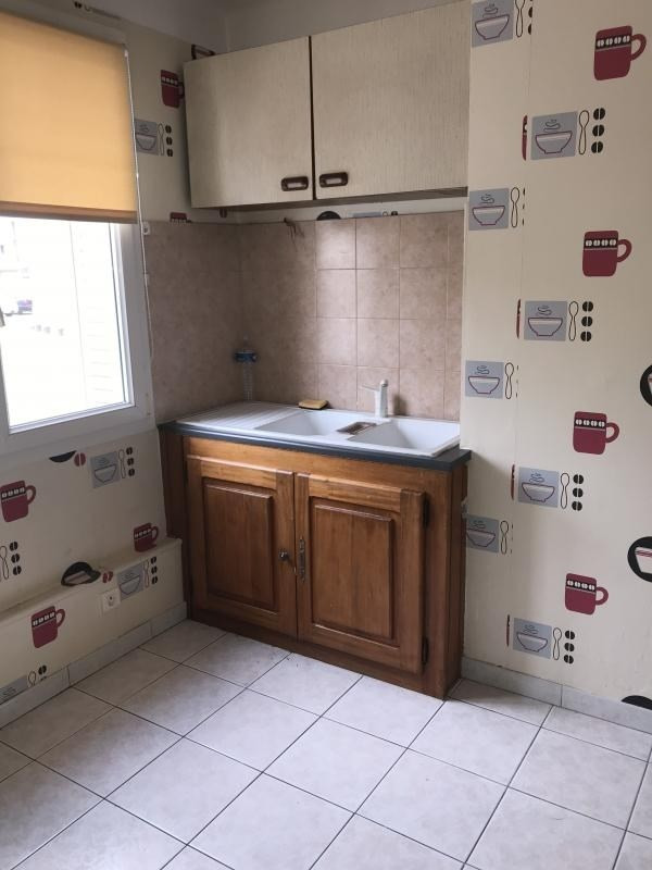 Vente appartement Oyonnax 55 000€ - Photo 2