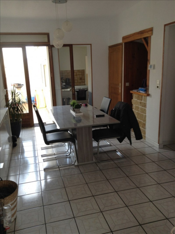 Rental house / villa St quentin 560€ CC - Picture 2