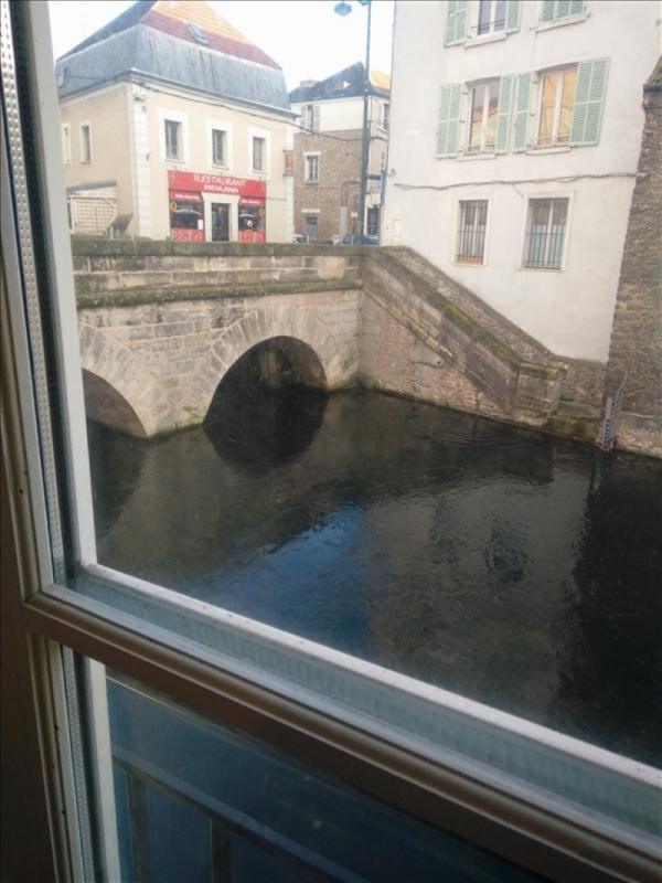 Sale apartment Corbeil essonnes 67000€ - Picture 1