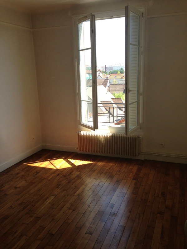 Location appartement Colombes 797€ CC - Photo 2