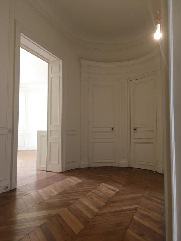 Rental apartment Paris 8ème 7540€ CC - Picture 6