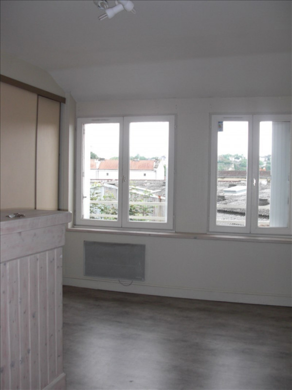 Location appartement Poitiers 306€ CC - Photo 4