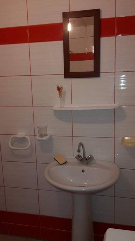 Rental apartment Baillif 600€ CC - Picture 10