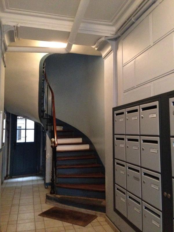 Location appartement Paris 11ème 830€ CC - Photo 10