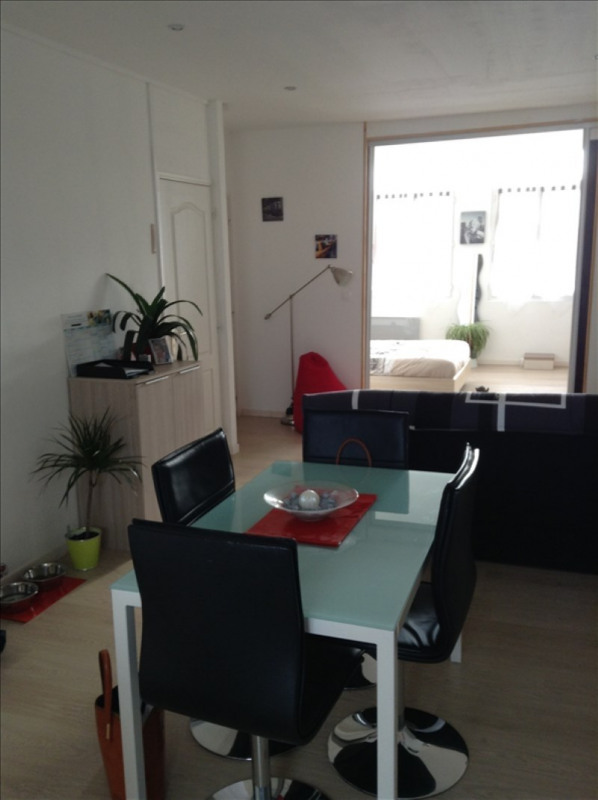 Rental apartment St quentin 540€ CC - Picture 3