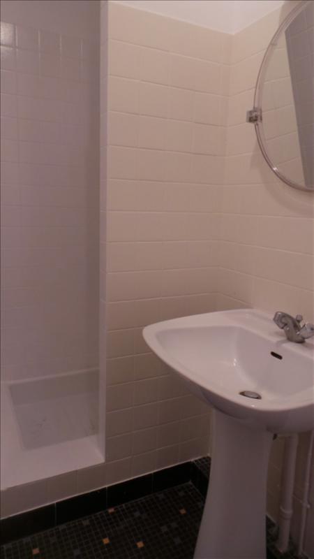 Rental apartment Asnieres sur seine 735€ CC - Picture 4