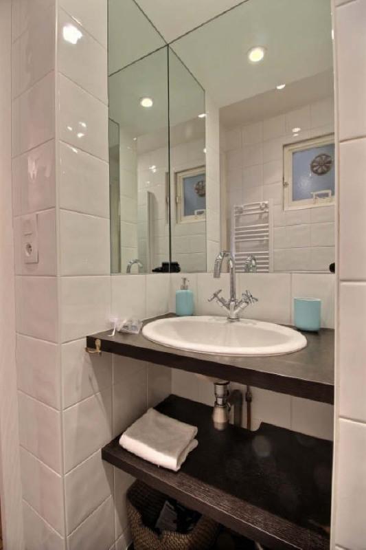 Locação apartamento Paris 7ème 2200€ CC - Fotografia 3