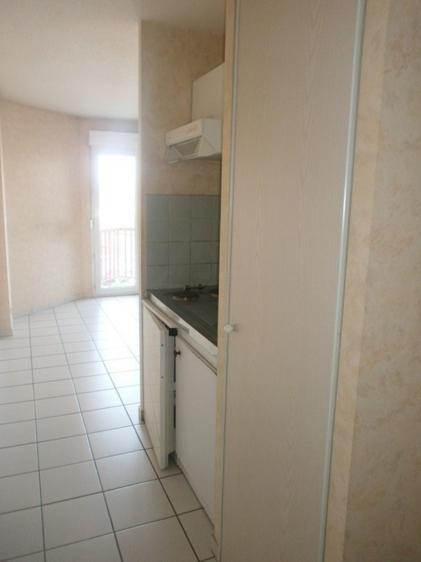 Location appartement Rodez 292€ CC - Photo 4