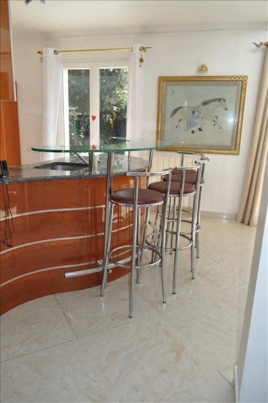 Sale house / villa Villemomble 650000€ - Picture 8