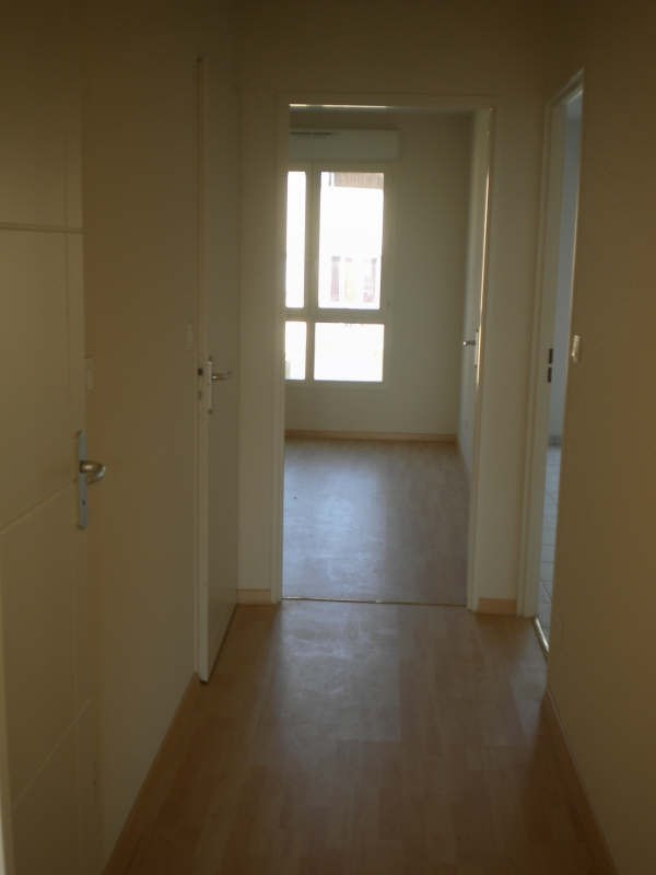 Rental apartment Vendome 536€ CC - Picture 5