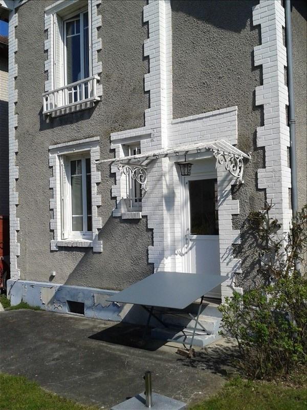 Sale house / villa Chantilly 340000€ - Picture 1