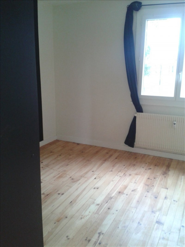 Location appartement Le coteau 600€ CC - Photo 3