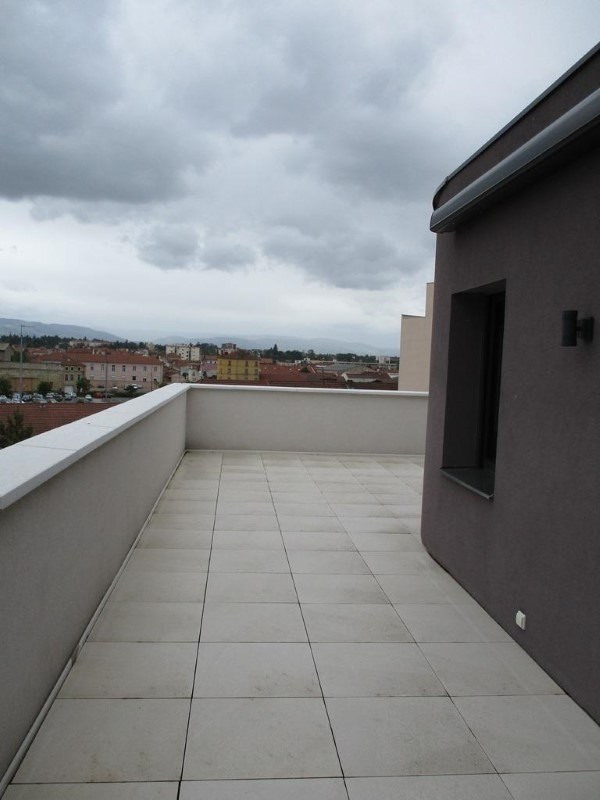 Sale apartment Roanne 409500€ - Picture 8