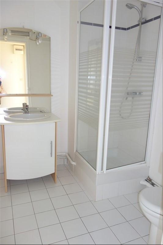Rental apartment Versailles 601€ CC - Picture 4