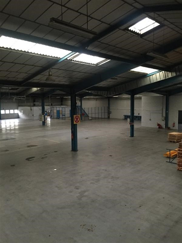 Location Local d'activités / Entrepôt Maromme 0
