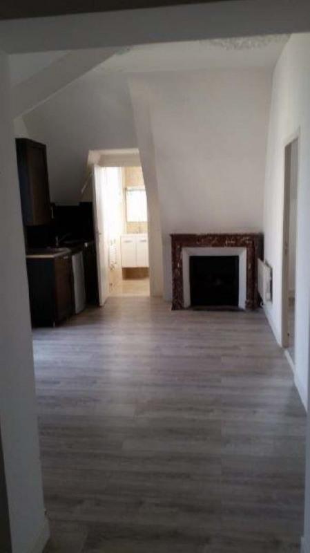 Location appartement Livry gargan 800€ CC - Photo 1