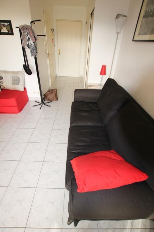 Location appartement Courbevoie 875€ CC - Photo 8