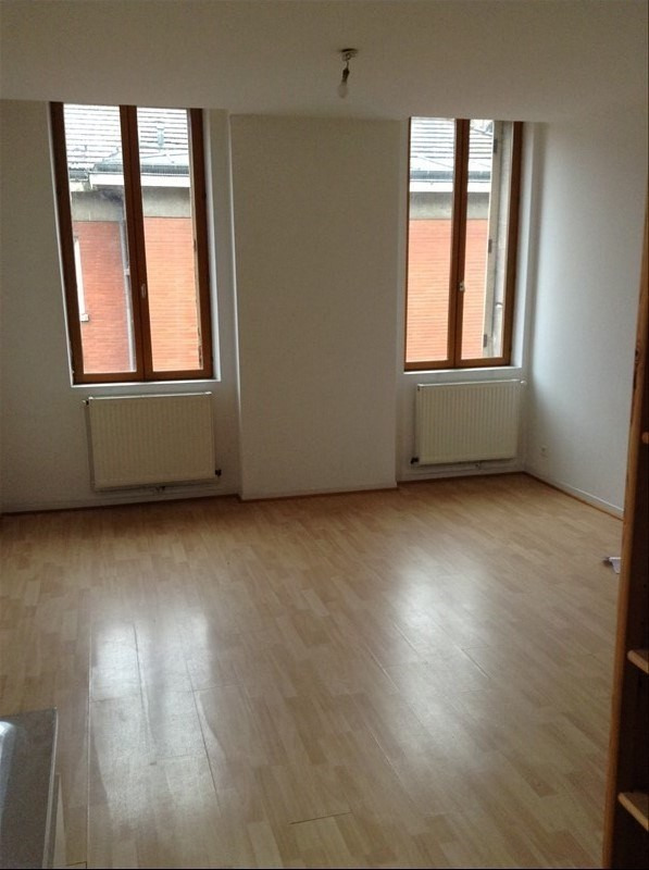 Rental apartment St quentin 415€ CC - Picture 2