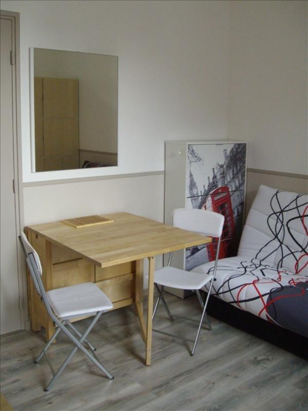 Location appartement Sens 340€ CC - Photo 1