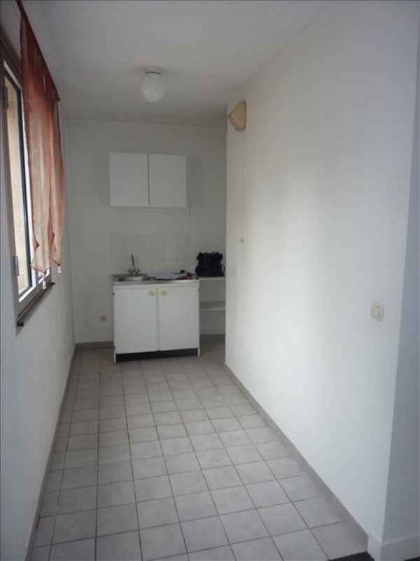 Rental apartment Claye souilly 550€ CC - Picture 3