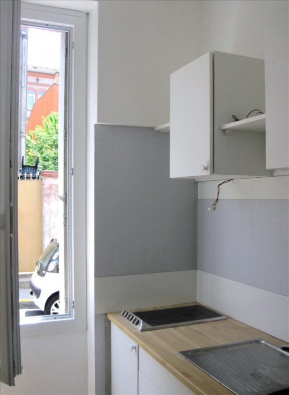Rental apartment Toulouse 340€ CC - Picture 1