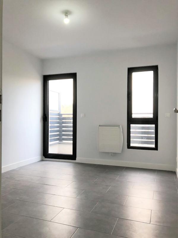 Rental apartment Pierrelaye 1020€ CC - Picture 11